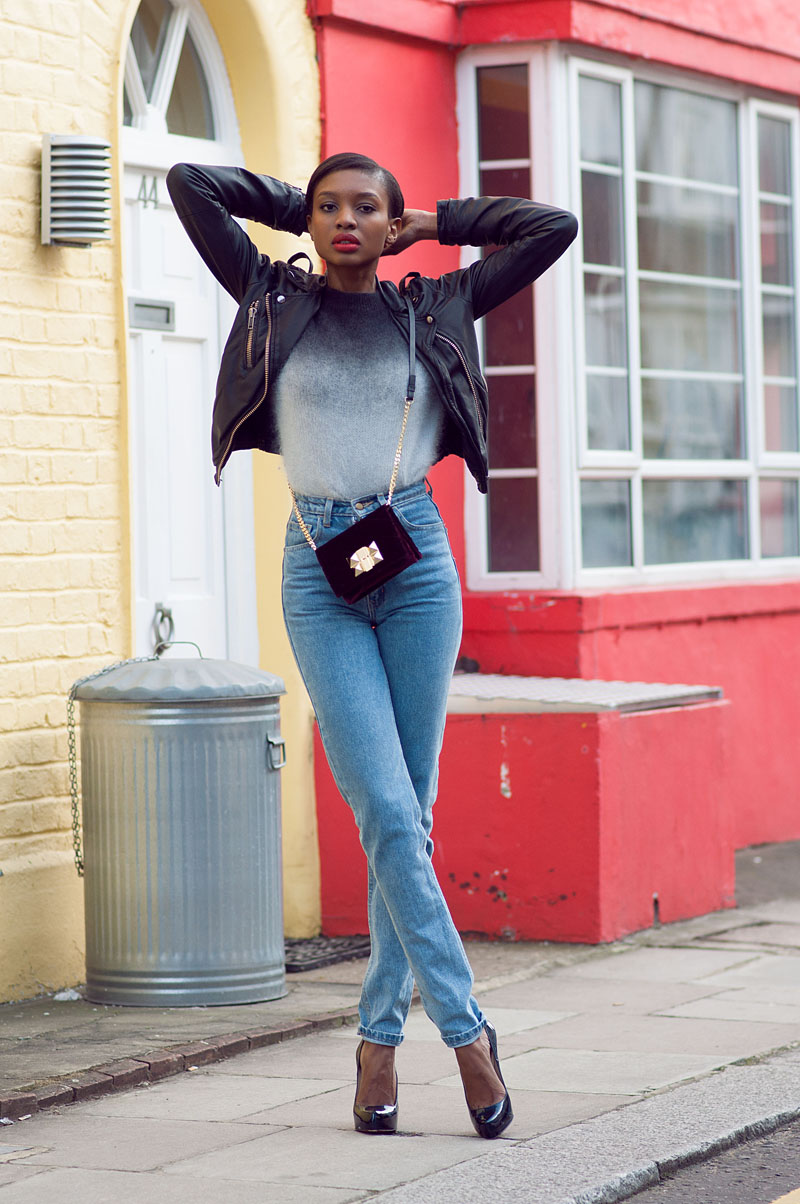 How To Wear Mom Jeans Bisous Natasha