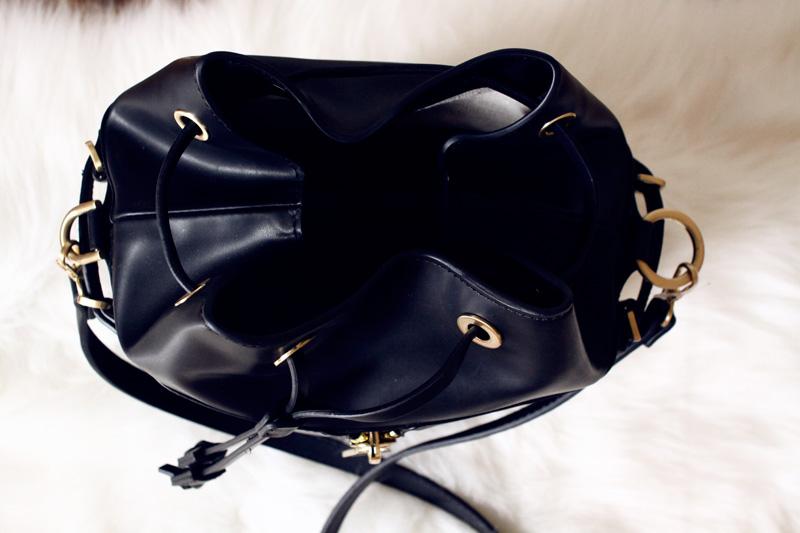 zara-zipped-bucket-bag-5