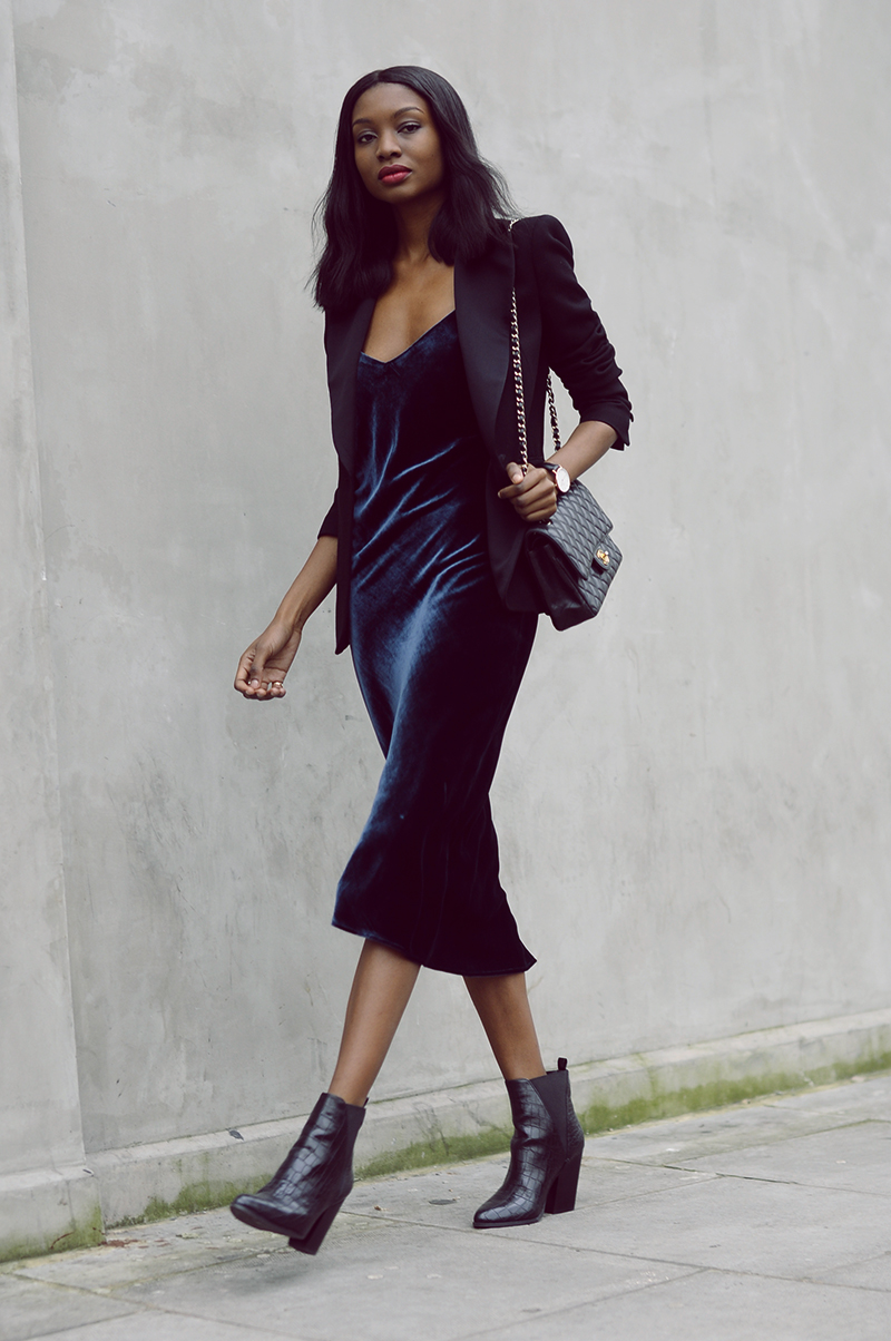 Long velvet dress zara