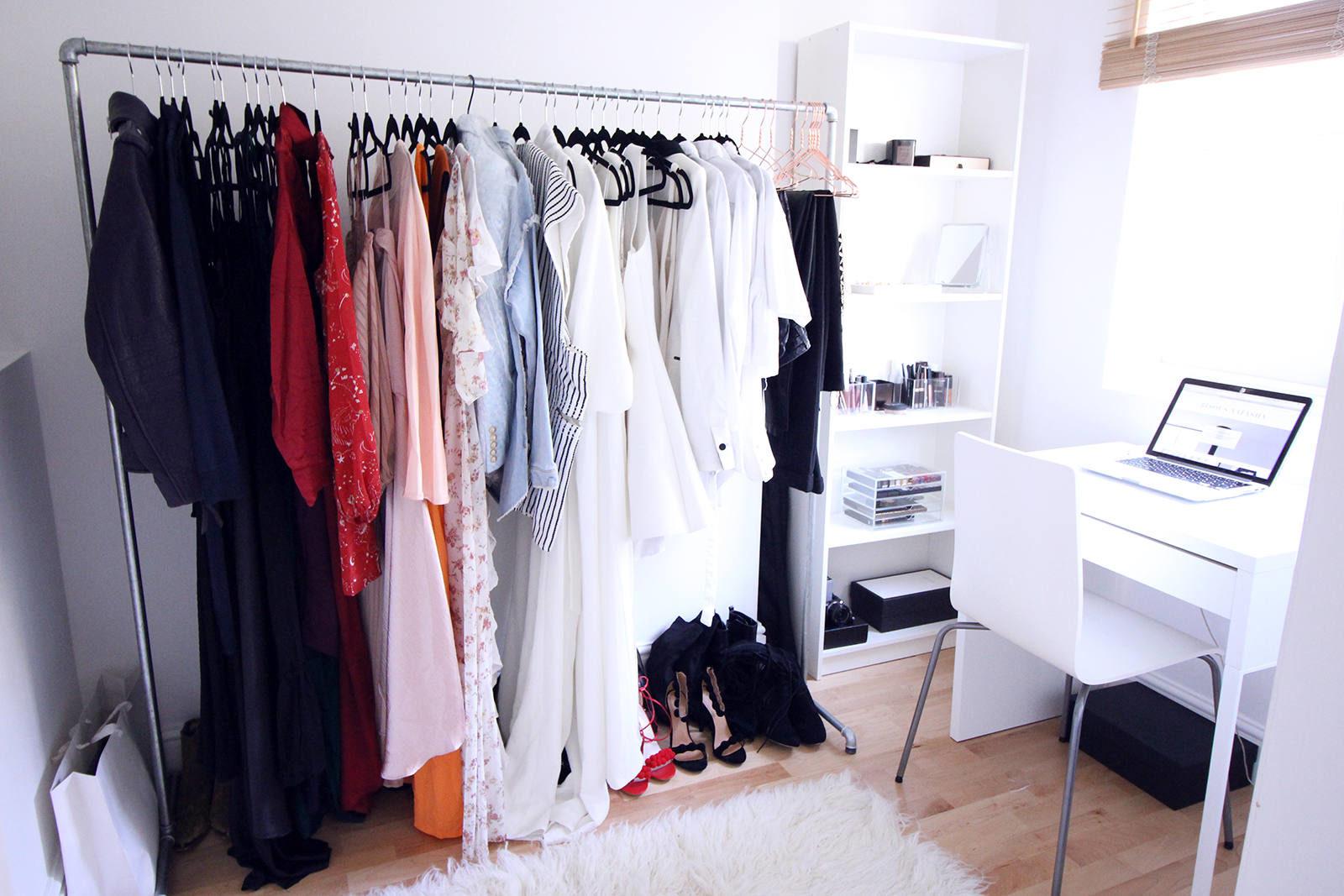 walk-in_closet_2